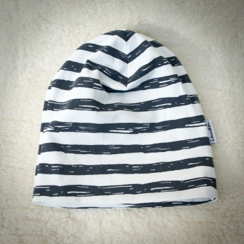 "Beanie hat ""Dark grey stripes"""